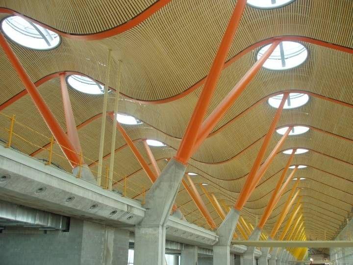 Terminal 4 Aeropuerto Adolfo Suárez –Barajas